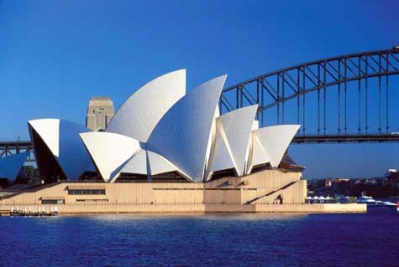 opera-house-and-bridge